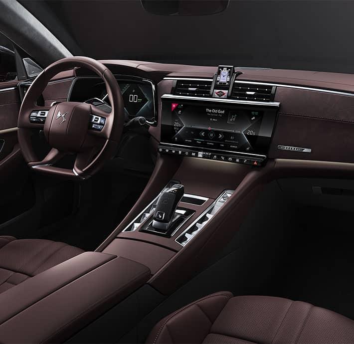 Technologie de la voiture de luxe DS 9 en Drôme et en Ardèche