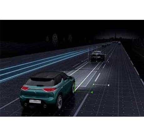 SUV technologique premium DS 3 CROSSBACK, découvrez les technologies d'aide à la conduite à Valence - Romans